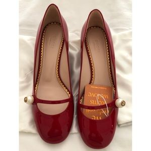 NWT Gucci Red Patent Leather Pumps 408253